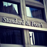 S&P cuts ratings of Euro banks